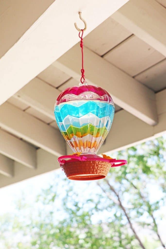hot air balloon hummingbird feeder