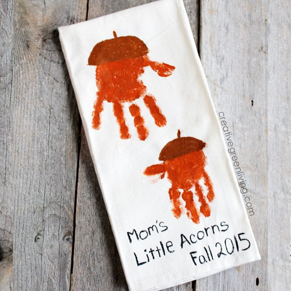 Acorn Handprint Towels - Creative Green Living