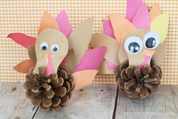 Pine Cone Turkey with Free Template