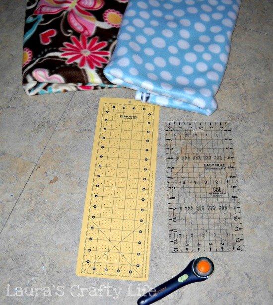 supplies for new sew fleece blanket