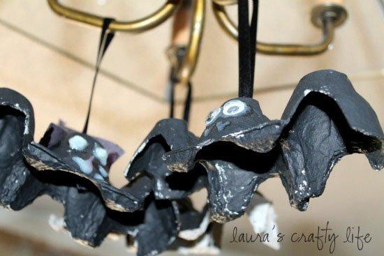 hang egg carton bats