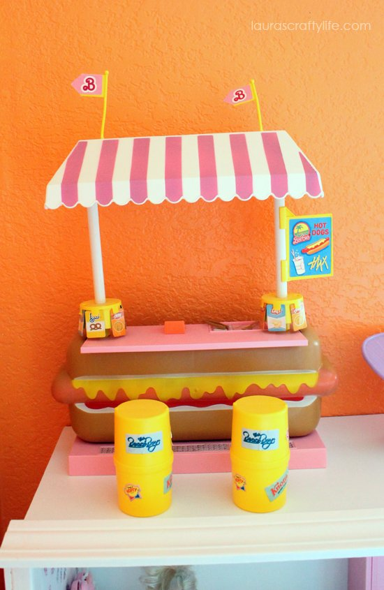 Barbie house hot dog stand