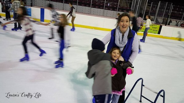 Ice Skating with the kids - Laura's Crafty Life