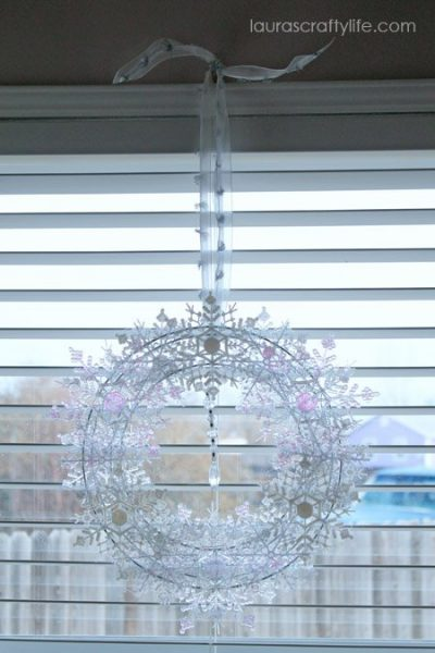 snowflake wreath in kitchen