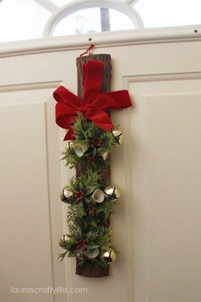 vintage log and bell Christmas decor