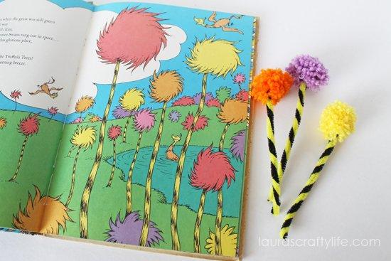 Truffula Tree craft by Laura's Crafty Life