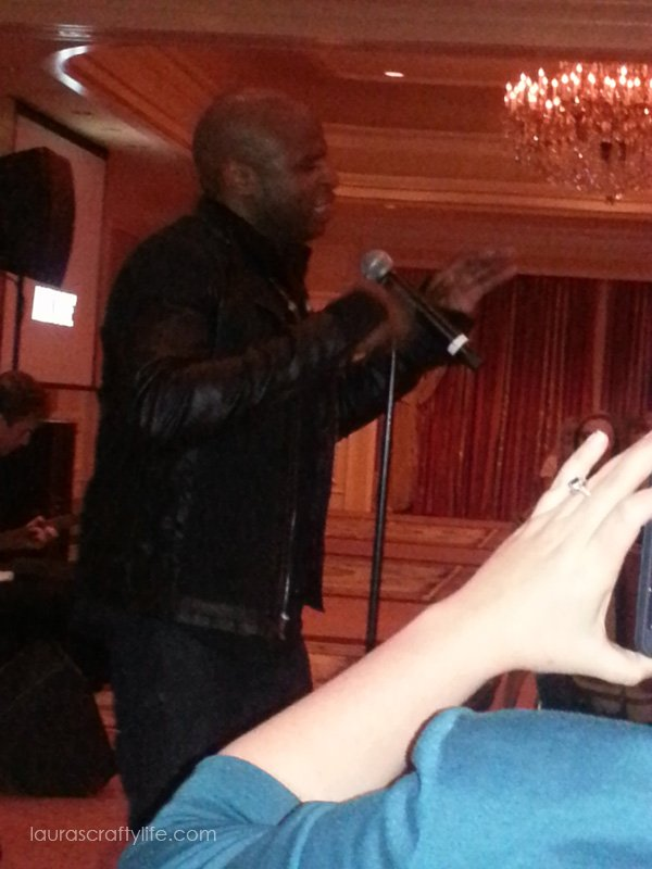 Alex Boye performing at Snap