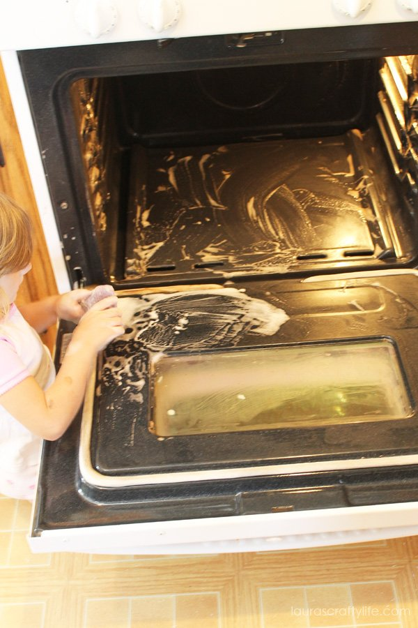 use scour off to clean oven