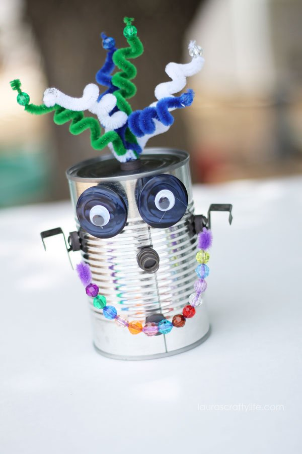Can Robot by Laura's Crafty Life