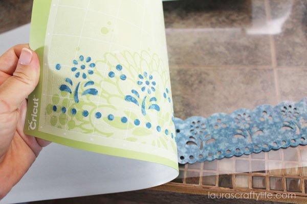 Peel mat from fabric