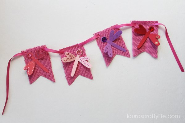 Dragonfly banner by Laura's Crafty Life