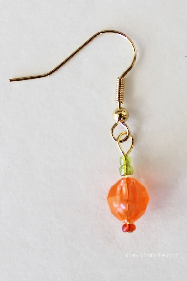 Pumpkin beaded earring