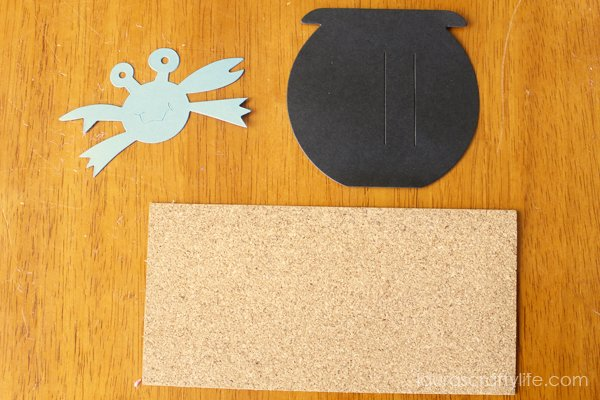 Supplies for crab gift tag