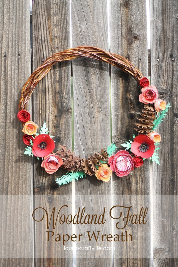 Woodland Fall Paper Wreath by Laura's Crafty Life #CricutExplore #CricutDesignSpace
