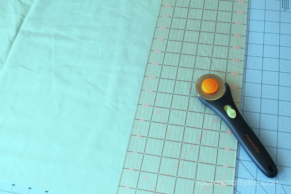 Cut pillow fabric to size