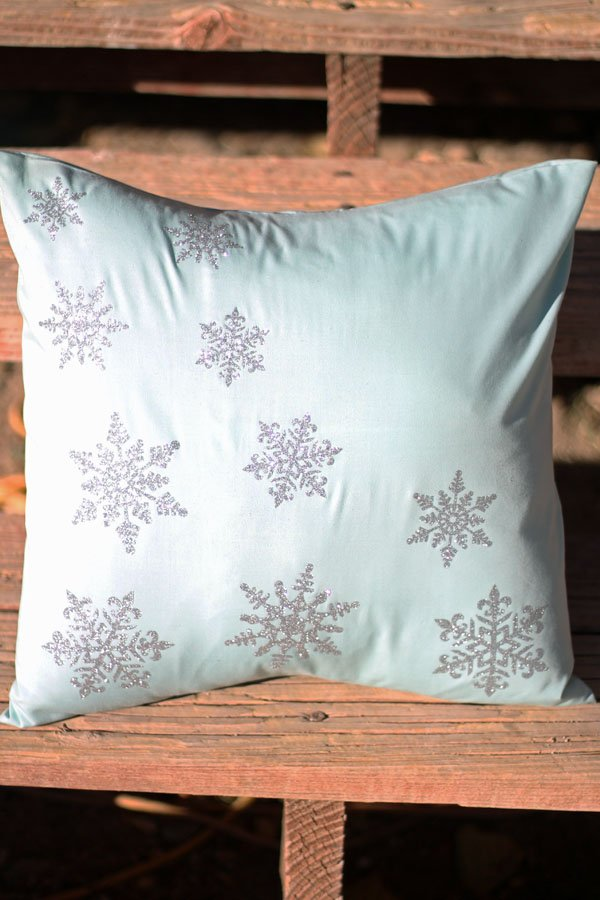 Iron-on Glitter Snowflake Pillow