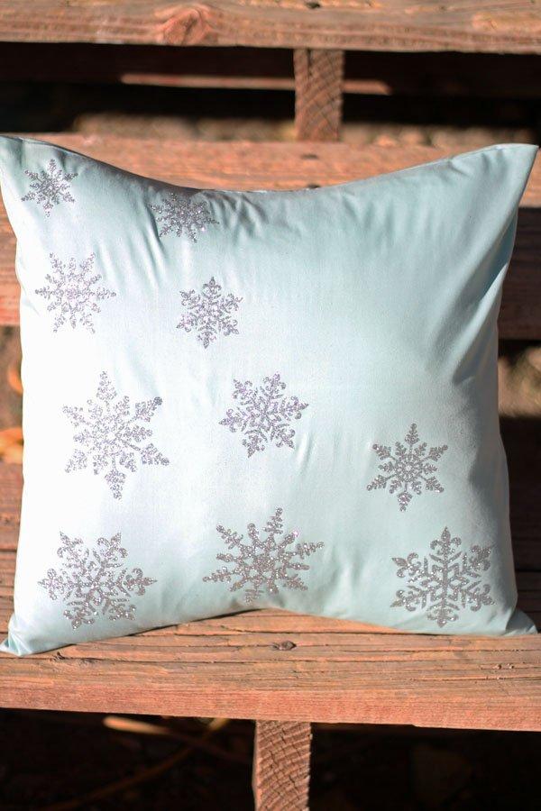 Iron-on Glitter Snowflake Pillow