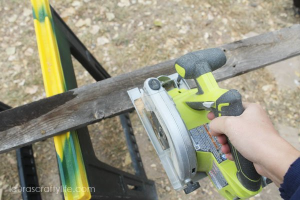 Use Ryobi circular saw to cut fence slat