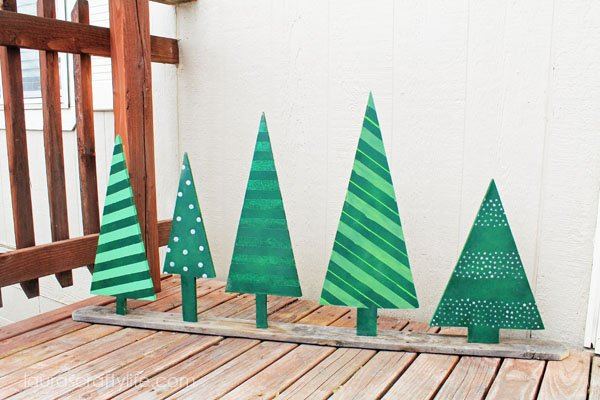 Wooden Christmas Tree Display - Laura's Crafty Life