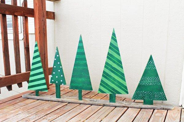 Wooden Christmas Tree Display - Laura's Crafty Life
