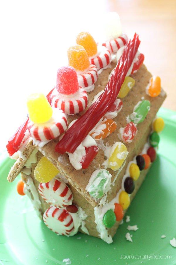 Kid's Craft - Graham Cracker Gingerbread House - Laura's Crafty Life