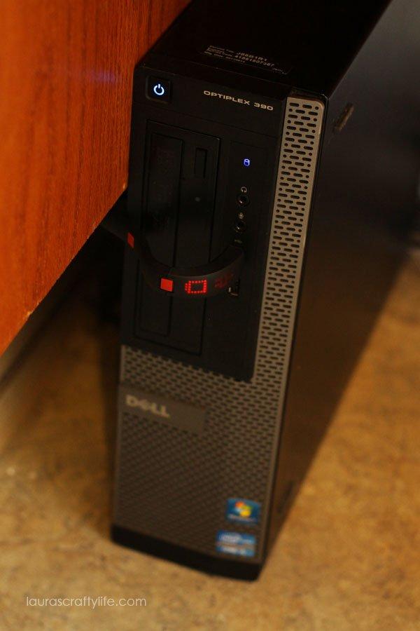 Plug the Gameband into your computer's USB port