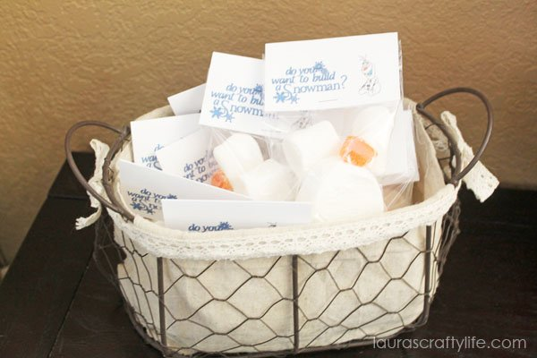 Frozen Party - Olaf Treat Bags - Laura's Crafty Life