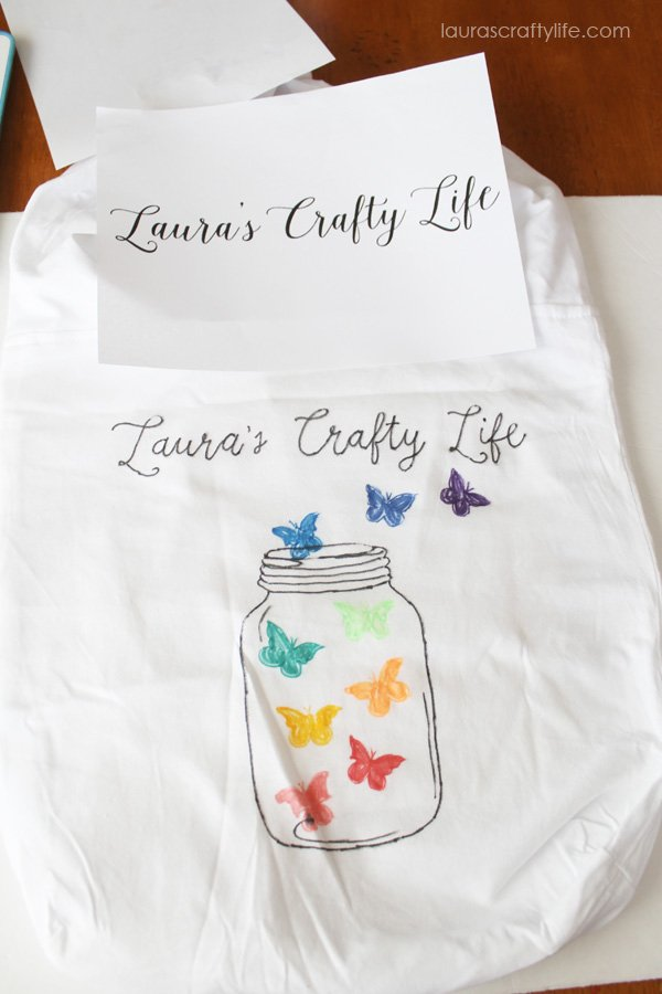 Hand draw on lettering onto tote bag