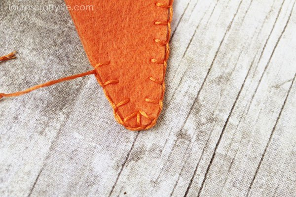 How blanket stitch will look at bottom of carrot