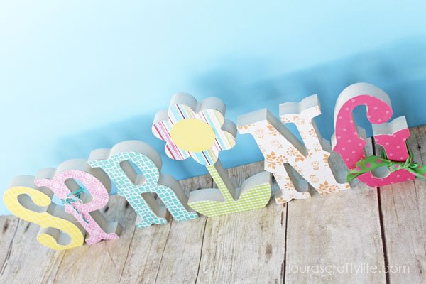 Spring Wooden Letters Decor