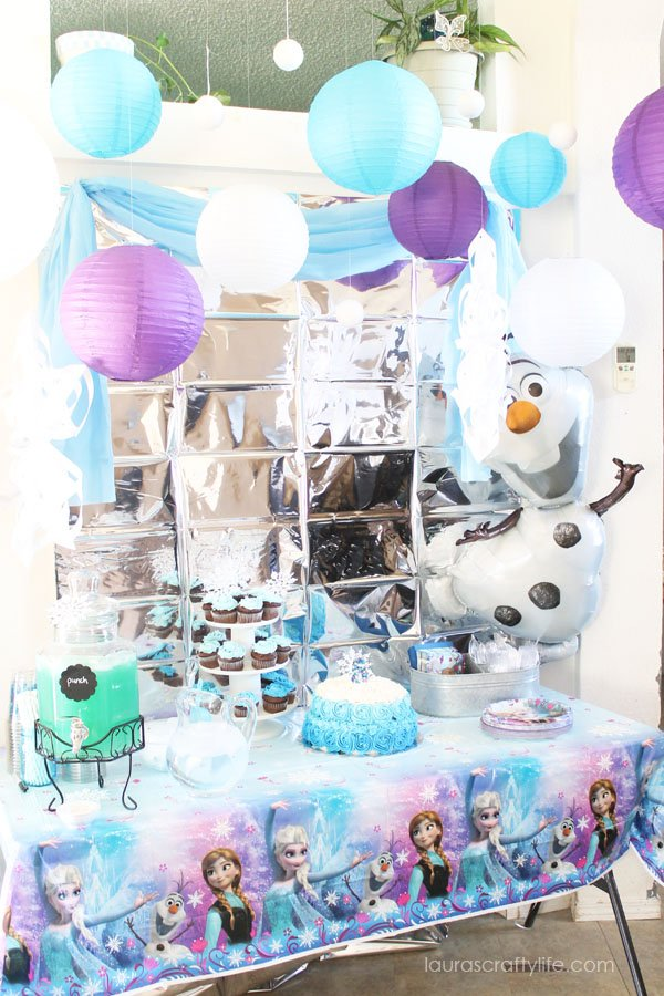 Disney Frozen Party Decorations - Olaf - Laura's Crafty Life
