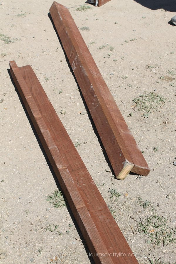 Create uprights for chicken coop using an L-shape