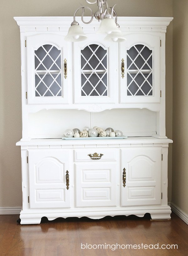 http://www.laurascraftylife.com/wp-content/uploads/2015/05/Hutch-Makeover-before-and-after-copy1-e1432099196555.jpg