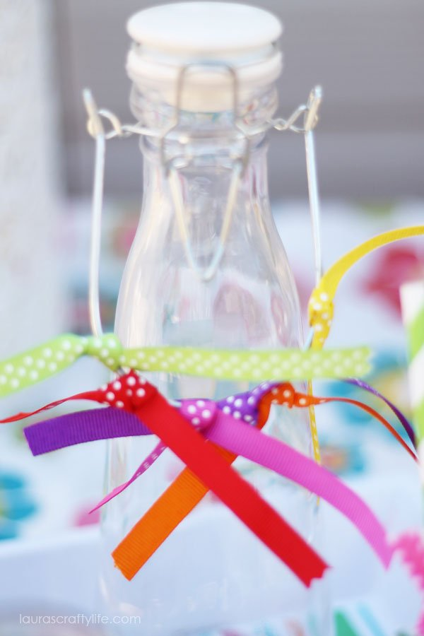 Ribbon embellishment for drink carafe
