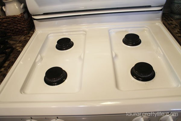 Clean stove top naturally