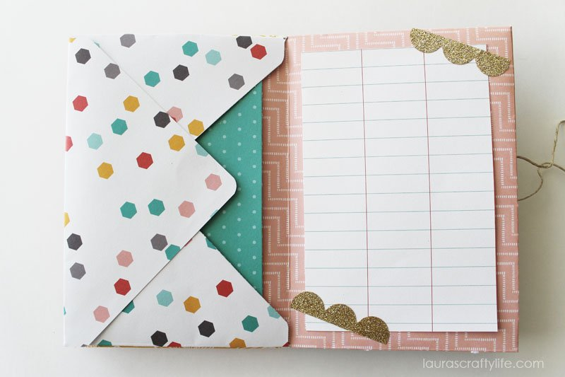 Envelope Mini Album - Lined Paper with Gold Decorative Tape