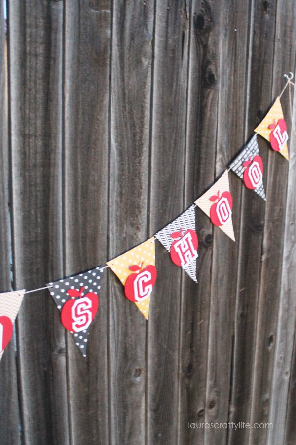 Back to School banner - Laura's Crafty Life