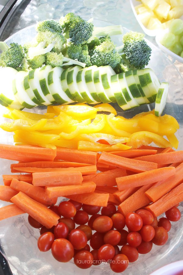 Rainbow vegetable platter