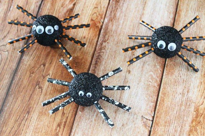 Halloween Foam Spiders - Laura's Crafty Life
