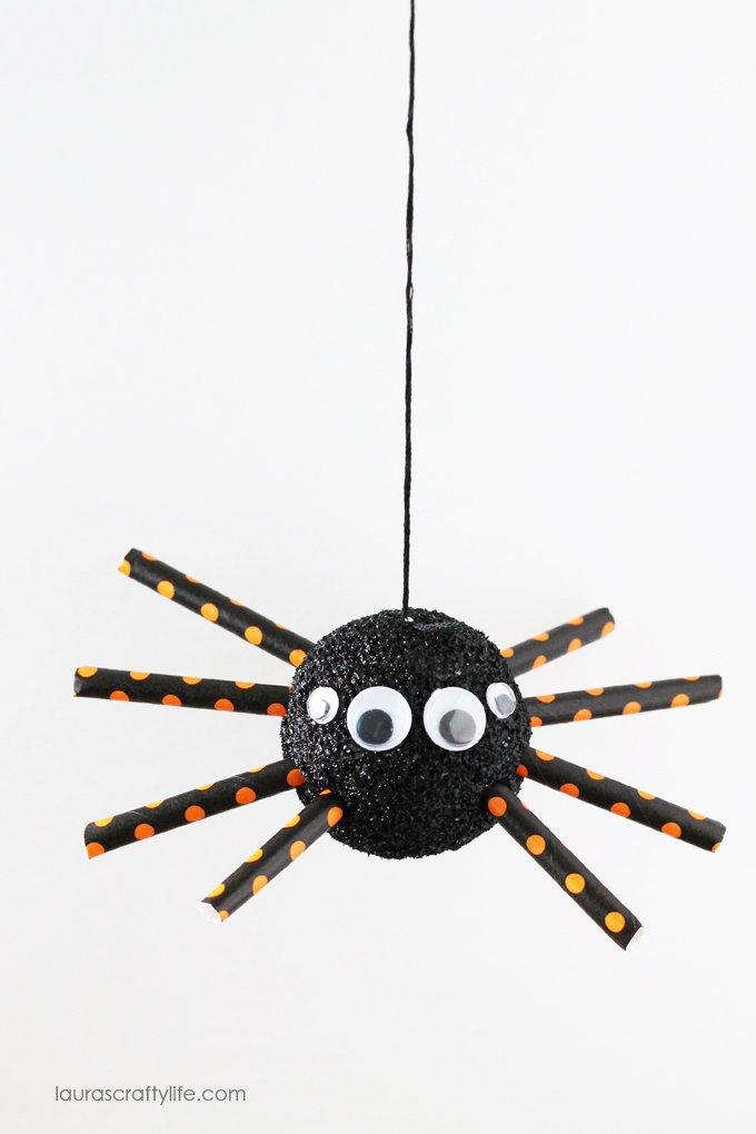 Hanging Halloween foam spider