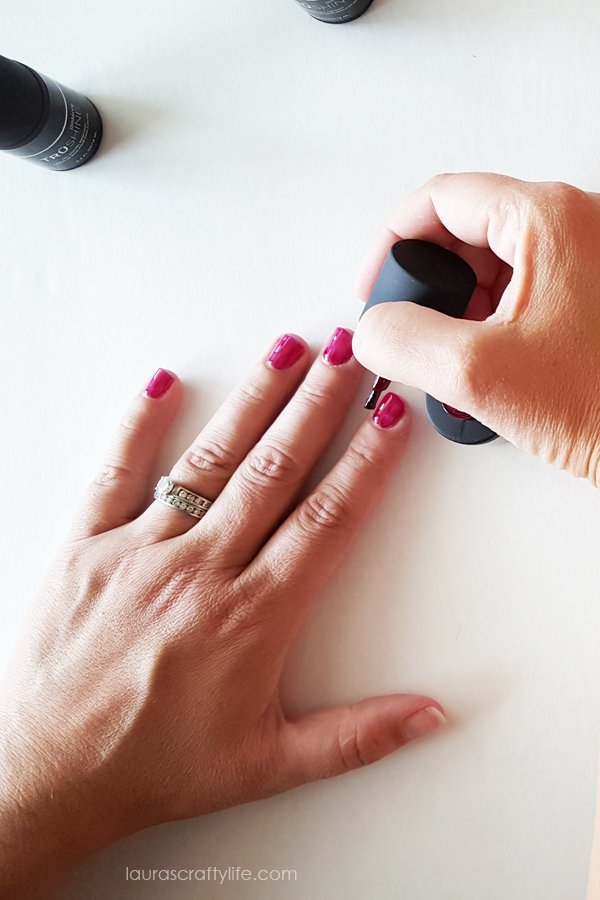 Add gel polish to nails