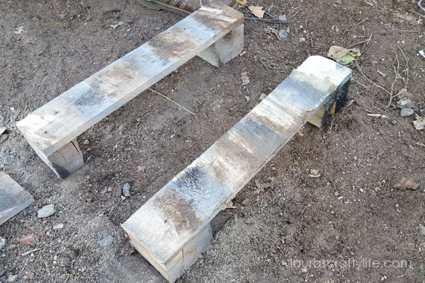 Middle section of pallet cut to create base of cat pallet bed