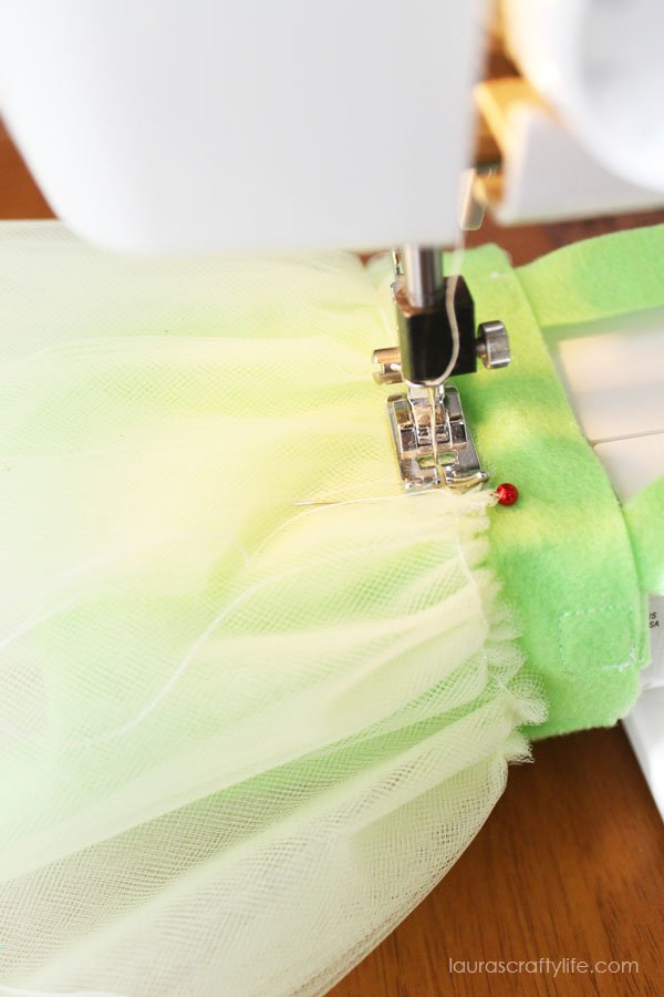 Sew gathered tulle to bag