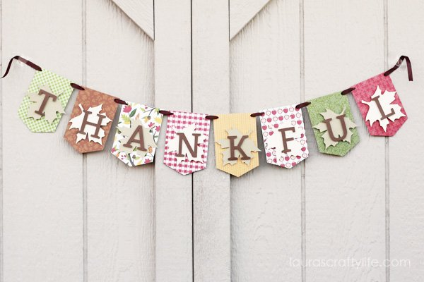 Reversible November Thanksgiving Banner - Laura's Crafty Life