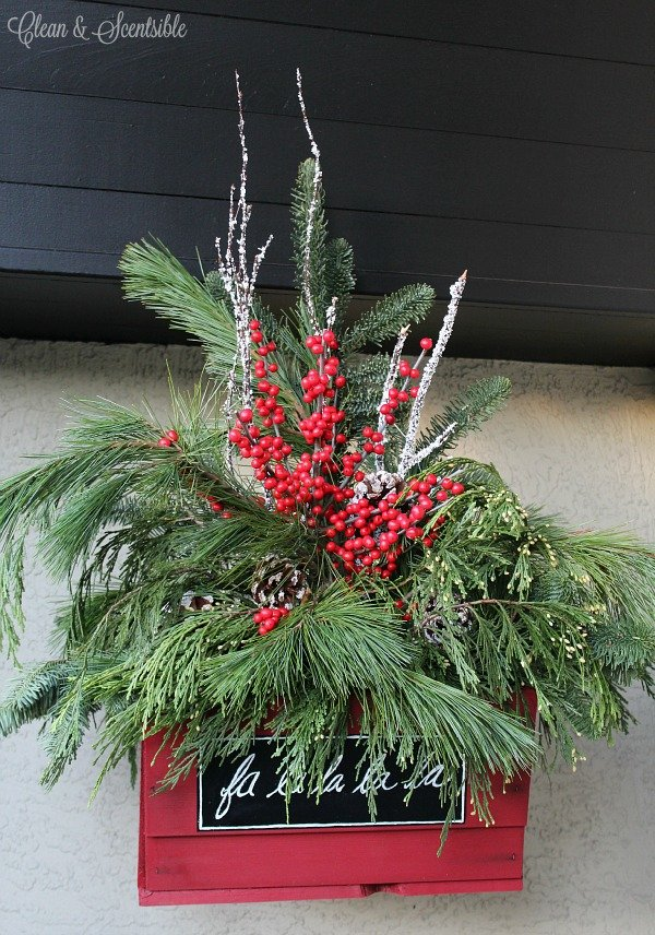 Christmas-Porch-Hanging-Christmas-Baskets