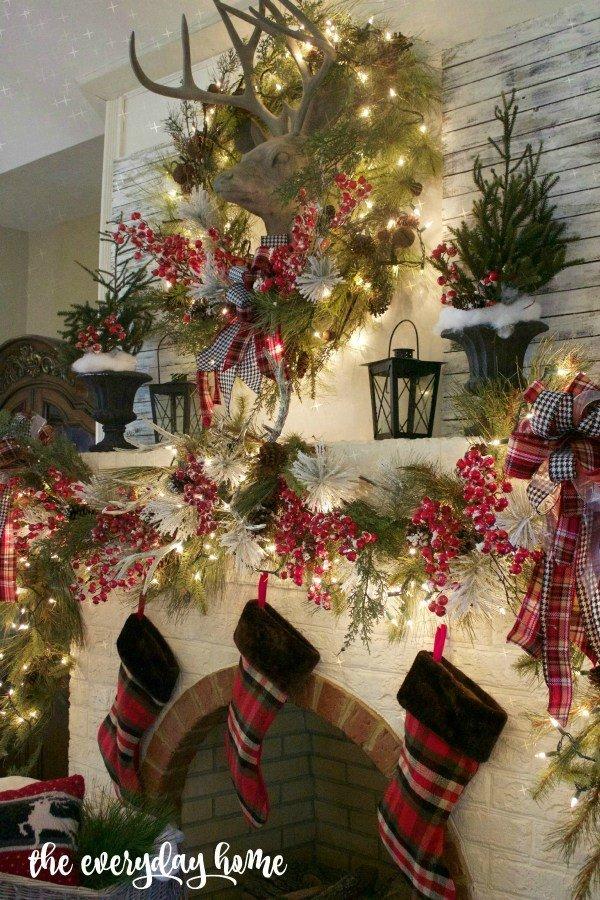 Tartan-Christmas-Mantel-The-Everyday-Home-www.everydayhomeblog.com-1200