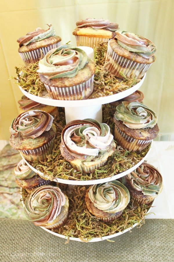 Camo cupcake display - use moss to create texture underneath the cupcakes