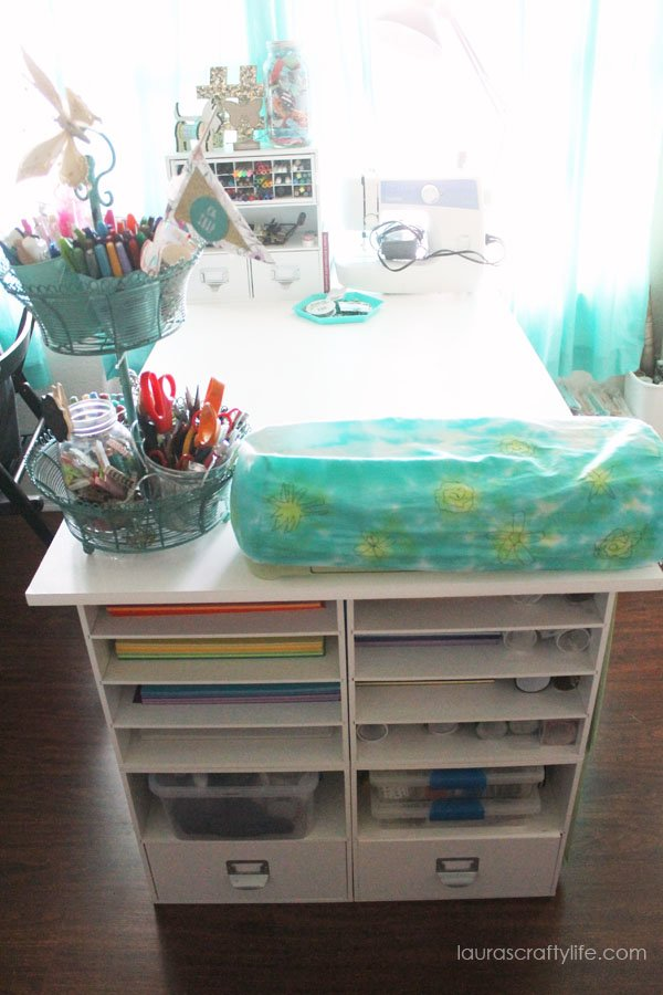 Craft Desk - Laura's Crafty Life