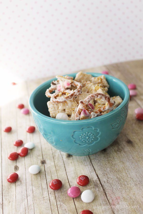 Valentine's Day Sweet Chex Mix - Laura's Crafty LIfe
