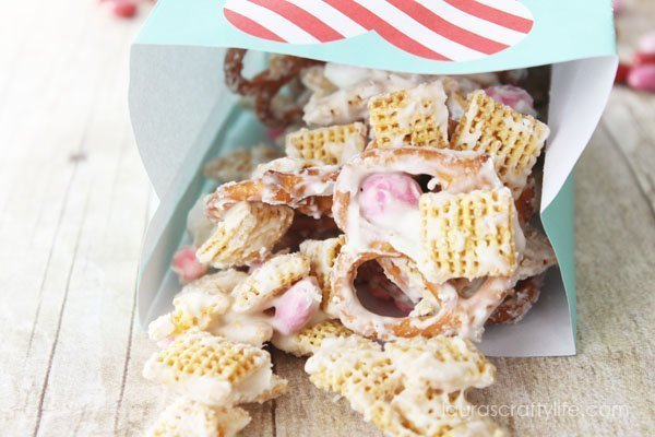 Valentine's Day Trail Mix - Laura's Crafty Life